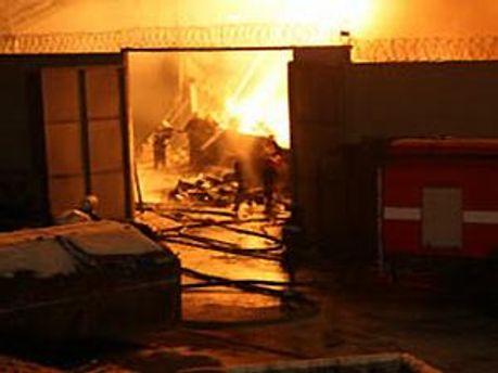 Пожар ликвидировали около 23:00 в воскресенье