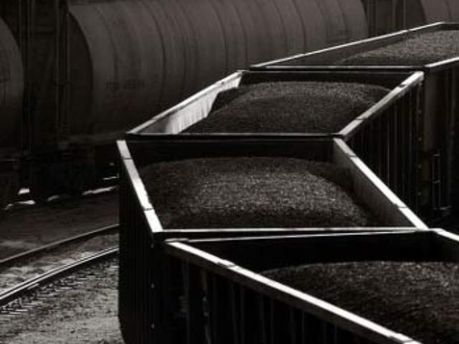 Китай вышел на первое место по добыче угля