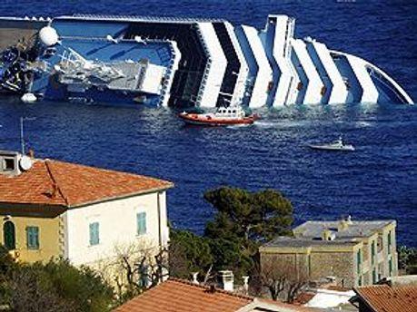 Costa Concordia затонув 13 січня вночі