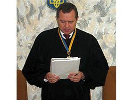 Судья Владимир Плетнев