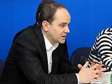 Представитель ex.ua Юрис Писковой
