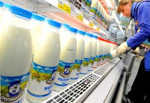 С 1 марта в Украину не ввозят молоко из Беларуси