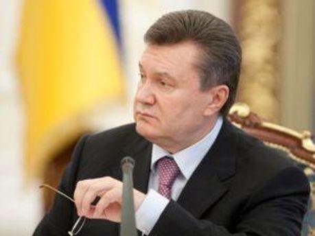 Янукович все обещает встретиться