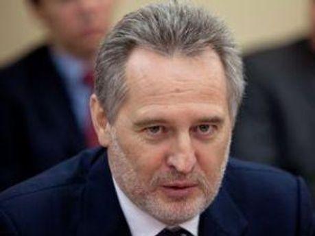 Дмитро Фірташ на аеропорт у Черкасах виділить 30% гривень