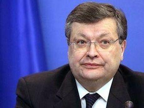 Грищенко: Визу оформят по ускоренной процедуре