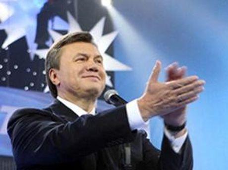 Янукович добавил обязанностей туроператорам