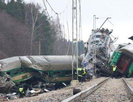 В катастрофе пострадали шесть украинцев