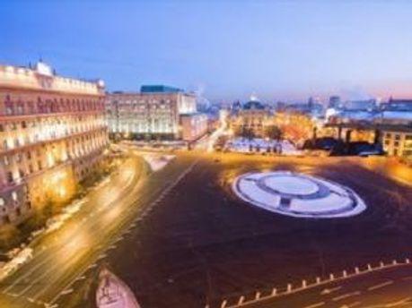 Луб'янська площа огороджена поліцією