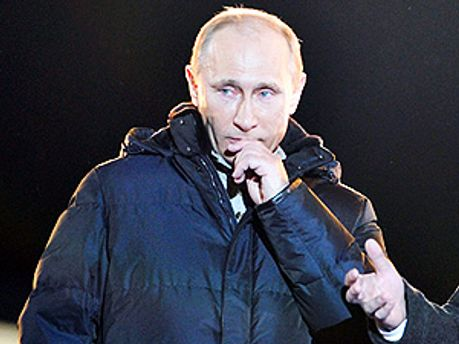 Путин не сдержал слез на Манежке