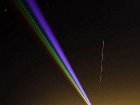 Падение метеорита произошло параллельно с лазерным шоу, которое проходило в Северной Англии