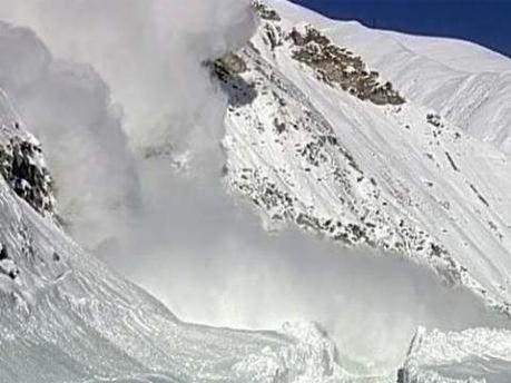 Жертв сходження лавини не має