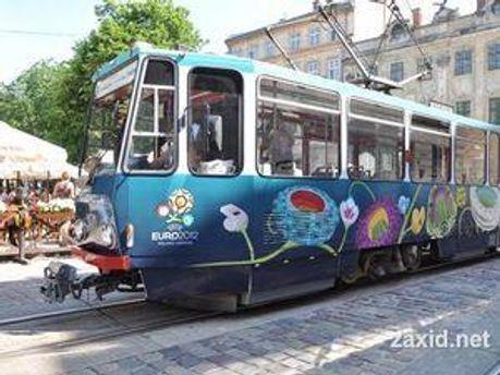Трамвай курсуватиме 2 години