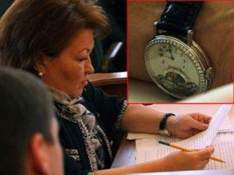 Тетяна Бахтєєва з годинником
