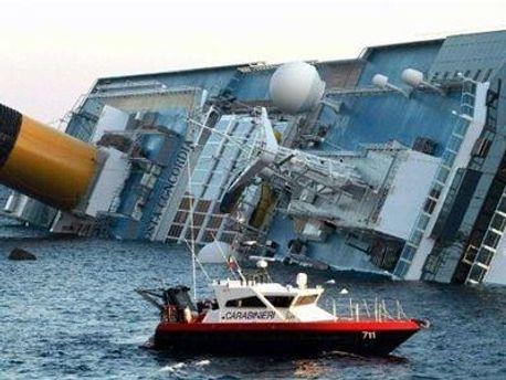 Еще двое пассажиров затонувшего лайнера числятся пропавшими без вести