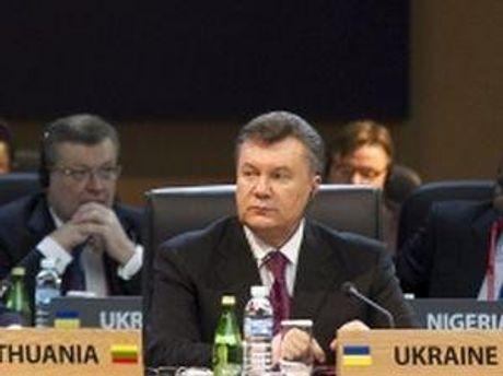 Віктор Янукович на саміті в Сеулі