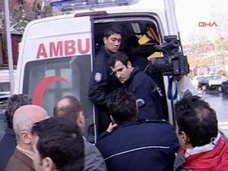 Рятувальні роботи після вибуху