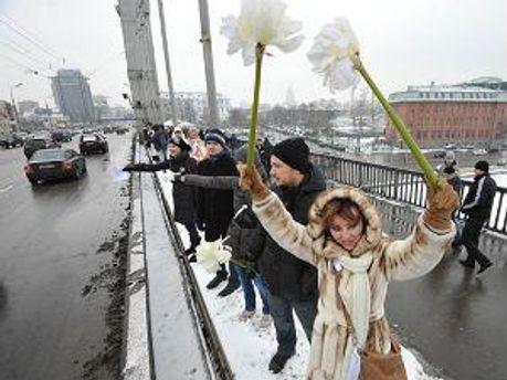 Оппозиционеры на митинге в Москве