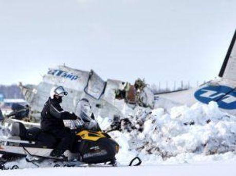 Разбитый самолет ATR-72