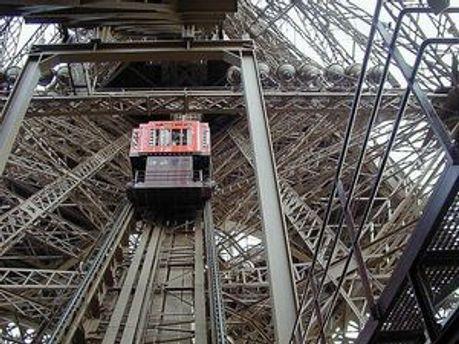 В лифте отказала аварийная тормозная система