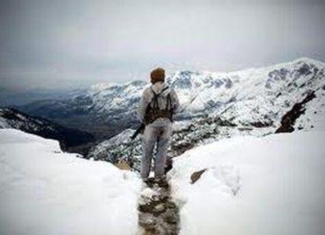 Пакистанский военный в Гималаях