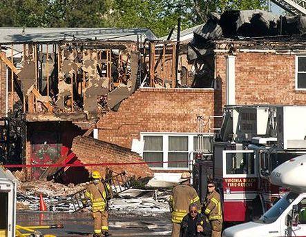 Винищувач зруйнував 4 житлові будинки