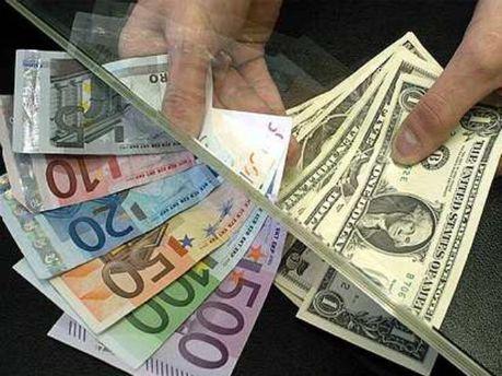 Банкір пропонує не страхувати валютні депозити