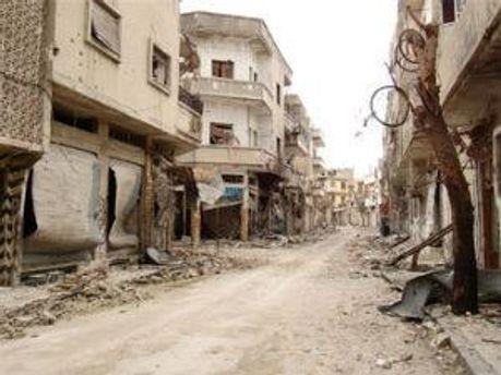 Улицы Хомса после обстрела правительственных войск