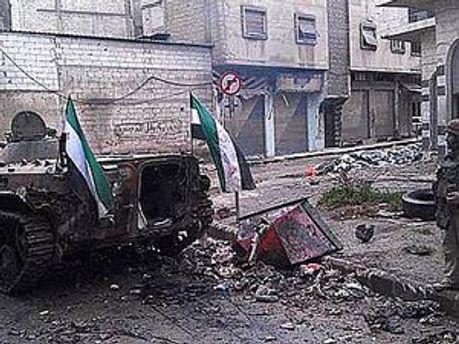 Город Хомс после обстрела