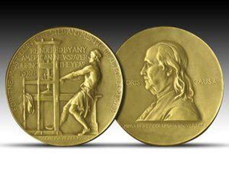Золота медаль Пулітцерівської премії