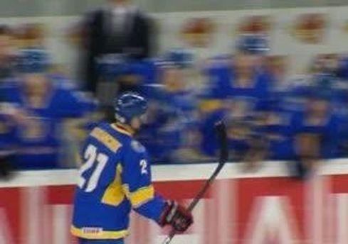 Игрок сборной Константин Касянчук
