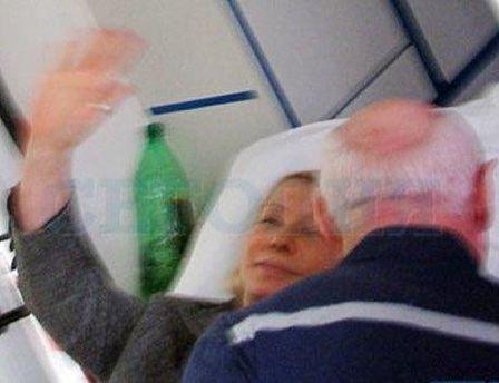 Юлия Тимошенко во время транспортировки