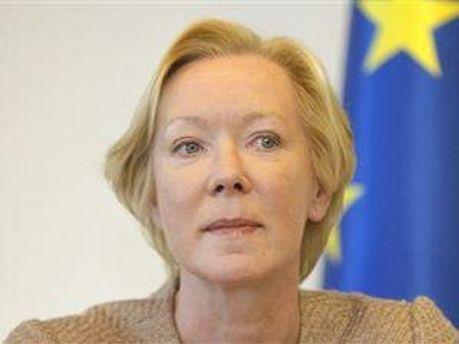 Глава представительства ЕС Майра Мора