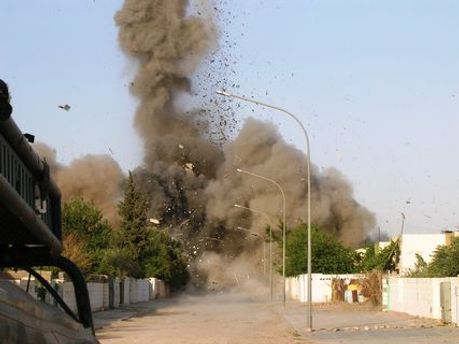 Щонайменше 8 людей загинуло внаслідок двох вибухів в Іраку