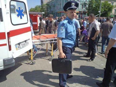 Рятувальники та правоохоронці на місці події