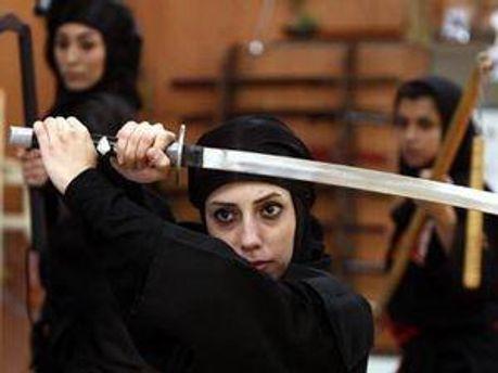 Іранки, що вивчають бойові мистецтва