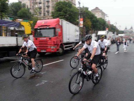 Працівники велопатруля