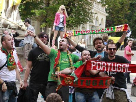Вболівальники у Львові