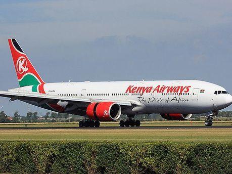 Літак авіакомпанії Kenya Airways