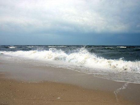 Судно почало зносити у відкрите море