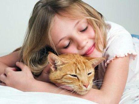Домашні тварини оберігають дітей