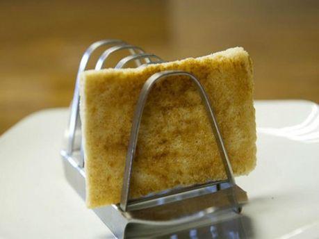 Ломотик хлеба со свадьбы