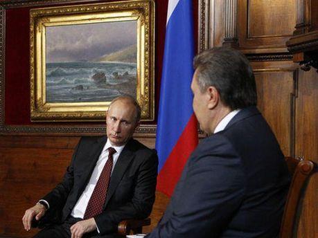 Володимир Путін та Віктор Янукович у Криму