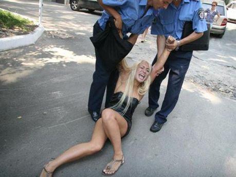 Активистка из FEMEN