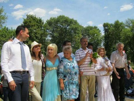 Валерій Омельченко у селищі Нижня Кринка