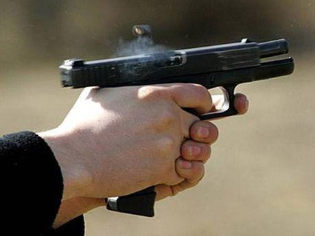 Мужчина стрелял