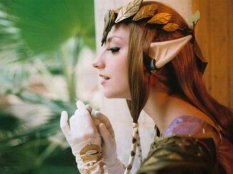 Дівчина ельф
