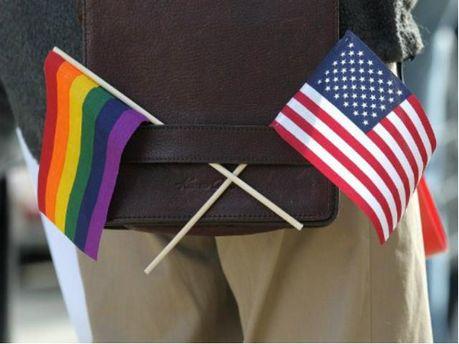 Прапор ЛГБТ та США