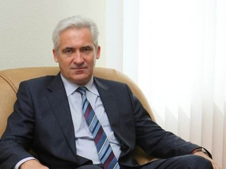 Володимир Манжосов