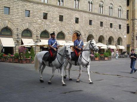 Конная итальянская полиция