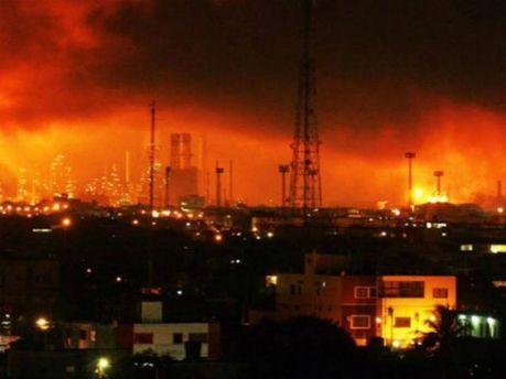 Нефтяной завод в Венесуэле